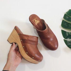 Aldo Leather Heeled Mule Clogs